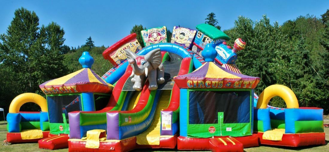 Admirable Inflatable Bounce House Obstacle Course Rentals In Durham Download Free Architecture Designs Scobabritishbridgeorg